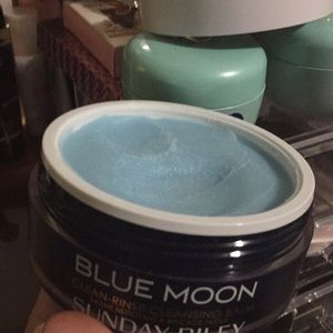 sunday riley Makeup - Blue moon Sunday Riley